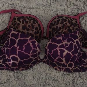 2 gently used Victoria's Secret bra 36C